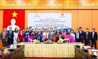 河江省与世行签署战略合作框架协议