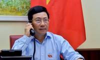 越南政府副总理兼外长范平明与埃及外交部长通电话