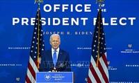 美国当选总统拜登和墨西哥总统洛佩斯承诺合作处理移民问题