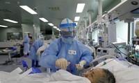 世卫组织专家到中国进行新冠病毒溯源