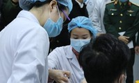 越南是新冠疫苗接种接受率最高的国家之一