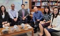 加强越南和中国香港各所大学在教育领域的合作