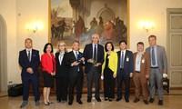 越南国会代表团出席IPUPre-COP26