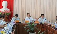 PM Nguyen Tan Dung pays working visit to Tien Giang