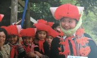 Ethnic minority girls receive educational support