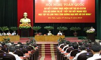 Movement on following President Ho Chi Minh's moral example reviewed