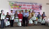 600 billion VND provided for the poor and AO victims