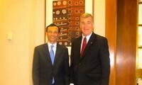 Australia hails cooperation with Vietnam