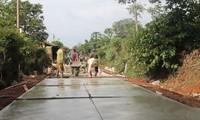 Encouraging people's contributions to new rural development in Dak Lak