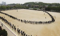 South Korean Prime Minister resigns over ferry sinking