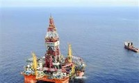 Foreign media give wide coverage to China's oil rig withdrawal