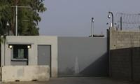 The US evacuates diplomats from Libya