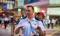 HK police call on protestors to cooperate