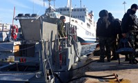 Ship carrying 400 immigrants issues distress call off Greece