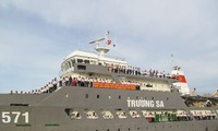 Gifts from the mainland to Truong Sa island
