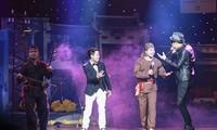 """""""Xam and life"""" show comes closer to public"""