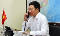 Deputy PM Pham Binh Minh holds telephone conversations with Chinese and US senior diplomats