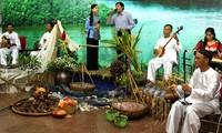 Amateur singing on Tho Chu island