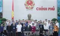 Deputy PM Nguyen Xuan Phuc receives Lang Son's prestigious ethnic people