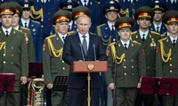 Russia beefs up nuclear arsenal