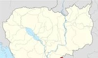 Svay Rieng governor protests CNRP senators' visits to Vietnam-Cambodia border