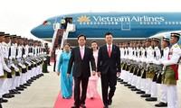 Vietnam enhances cooperation with Malaysia, Singapore
