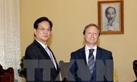 PM receives Ambassador and head of the EU Delegation to Vietnam