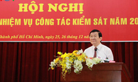 President Truong Tan Sang participates in the procuracy sector's meeting for 2016