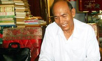 People's Teacher Lam Es, a role model following the moral example of Ho Chi Minh