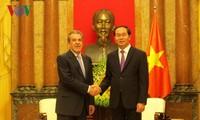 President receives former Chilean President Eduardo Frei Ruiz-Tagle