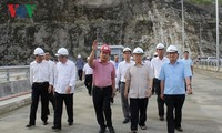 Party General Secretary Nguyen Phu Trong visits Lai Chau hydropower plant and Dien Bien province