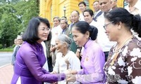 Vice President receives national contributors from Thua Thien Hue