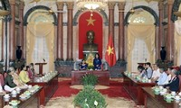 Vice President receives revolutionary contributors