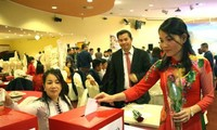 Overseas Vietnamese in Malaysia, Czech Republic raise money for flood victims