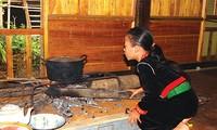 Firewood stove of the Kho Mu