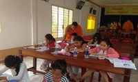 Khmer language classes in Can Tho city