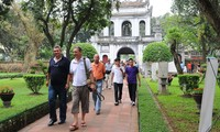 Vietnam targets 17 million foreign visitors in 2018