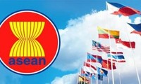 Vietnam, ASEAN set community building goals