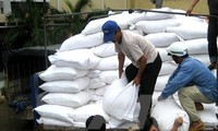 Food relief for Tet delivered to localities