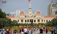 HCMC dwellers celebrate spring festival