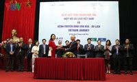 Vietnam Journey TV channel cooperates with Vietnam Tourism Association