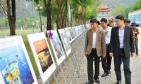 Photo exhibition highlights Vietnam's sea and islands