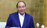 PM Nguyen Xuan Phuc returns home from 2nd Belt and Road Forum