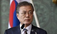 Moon warns Japan of severe consequences for export restrictions