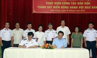 """""""Coast Guard stands side-by-side with fishermen"""" program launched in Kien Giang"""