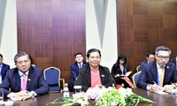 Vietnam proposes further links among parliaments