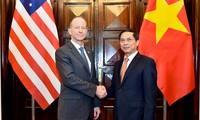 Vietnam, US mark 25th anniversary of diplomatic ties