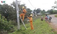 Electricity brings change to Xe Dang hamlet