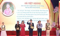 Hanoi's ten most outstanding youths of 2019 honored