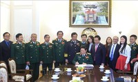 Vietnam, Russia tighten defense cooperation for regional peace, stability